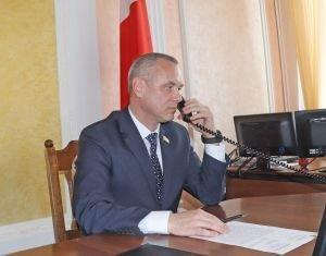 Член Совета Республики Национального собрания Республики Беларусь от Гродненской области Игорь Гедич провел прямую линию и прием граждан в Ивьевском райисполкоме