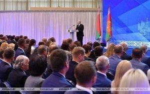 Александр Лукашенко: надо обеспечить равномерное развитие страны